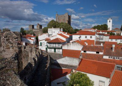 Burgmauer rund um den Ort, Portugal