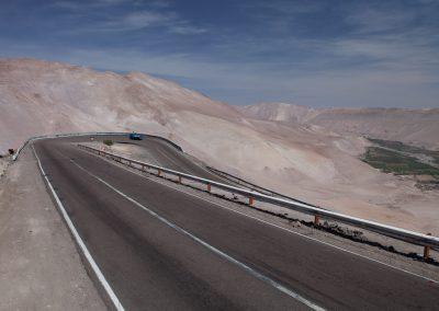 Straße in der Wüste, Chile