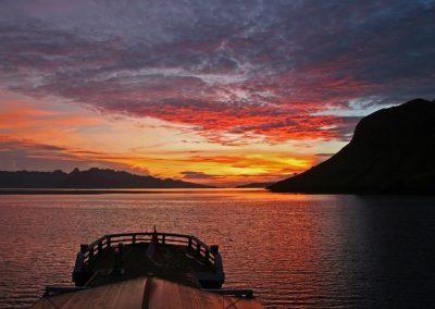 Sonnenuntergang, Komodo, Indonesien