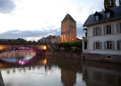 Haus am Fluß, Elsass, Frankreich