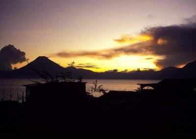 Abend am Atitlansee, Guatemala