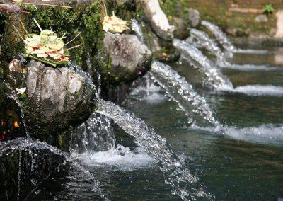 Heiliges Wasser, Tempel Tirta Empul, Indonesien
