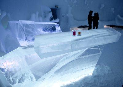 Bar im Eishotel, Kiruna, Schweden