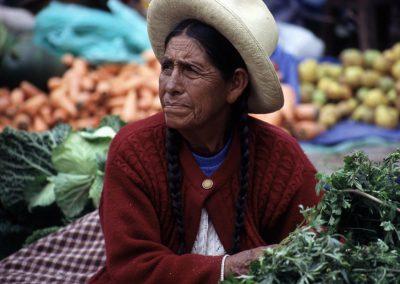 Frau am Markt, Peru
