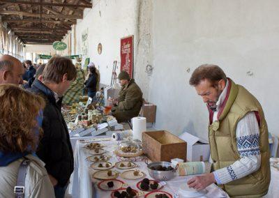 Trüffelmarkt, Piemont, Italien