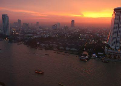 Chao-Phraya-Strom durch Bangkok, Thailand
