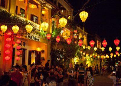 Lichterfest, Vietnam