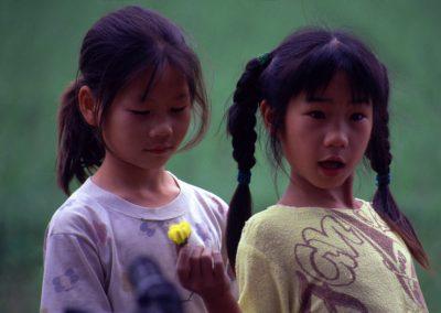 Spielende Mädchen, China
